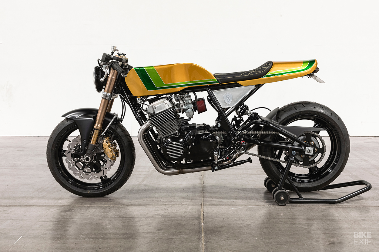 Honda CB750 do an tuong voi chu de Candy Crush - 5