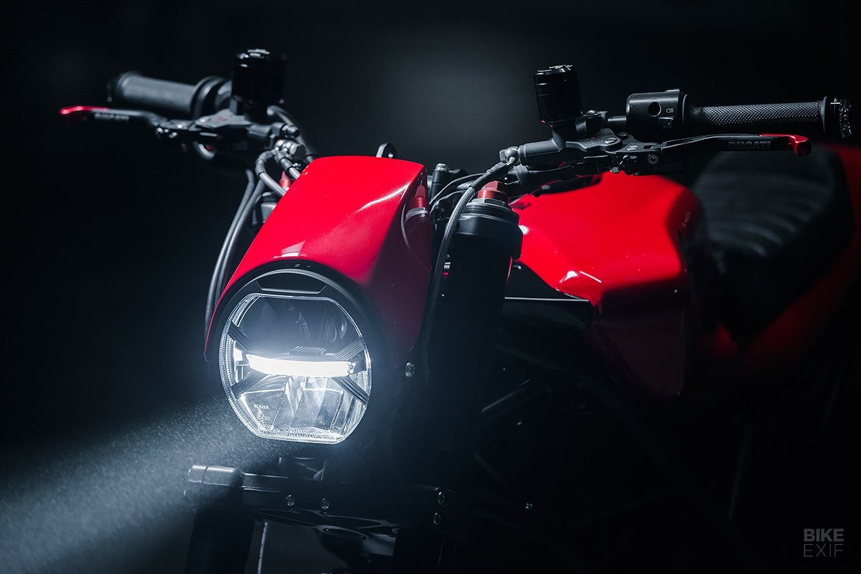 Ducati Multistrada do lai theo phong cach Cafe Racer - 6