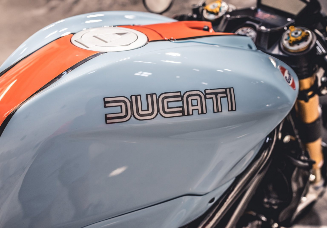 Ducati 1098S do an tuong voi phong cach Streetfighter - 6