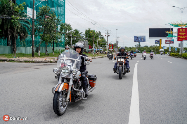 Theo chan anh em HarleyDavidson tien ve Can Tho trong su kien Weekend We Ride - 25