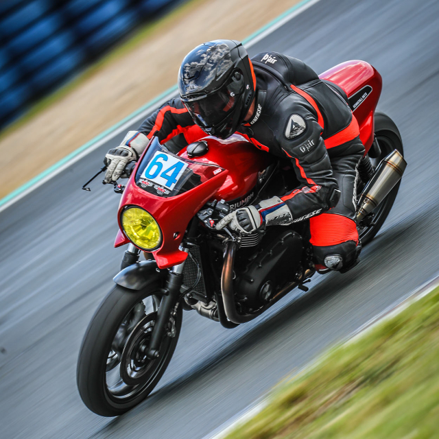 Triumph Speed Twin do phong cach Cafe Racer an tuong - 11