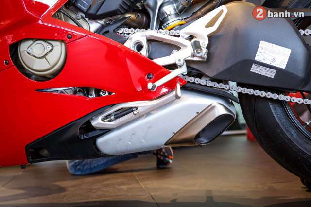 Can canh Ducati Panigale V4 S 2020 gan 1 ty tai Viet Nam - 19