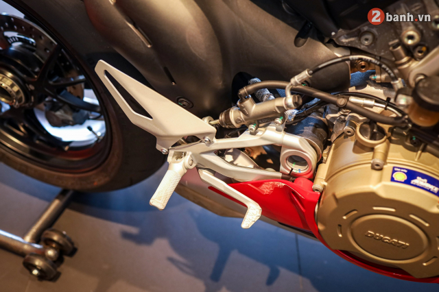 Can canh Ducati Panigale V4 S 2020 gan 1 ty tai Viet Nam - 27