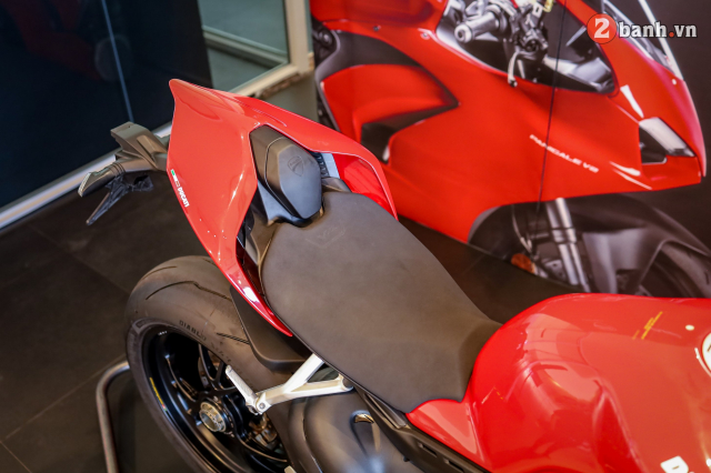 Can canh Ducati Panigale V4 S 2020 gan 1 ty tai Viet Nam - 12