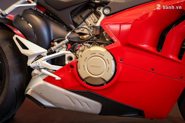 Can canh Ducati Panigale V4 S 2020 gan 1 ty tai Viet Nam - 28