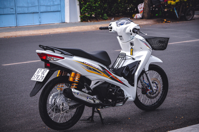 Future do len Wave 125i va dan do hieu xin vo doi - 17