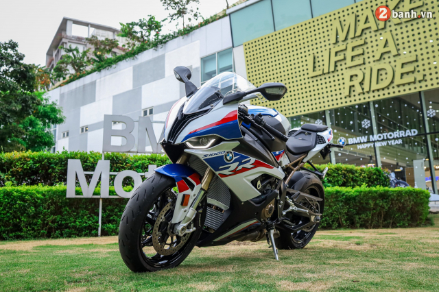 Can canh BMW S1000RR phien ban MPerformance voi gia hon 1 ty dong tai Viet Nam - 31