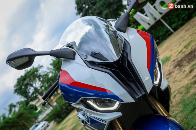 Chon Yamaha R1M hay S1000RR MPerformance trong tam gia 1 ty dong - 4
